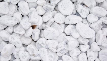 Marmor – Carrara weiß Kies 30-60mm