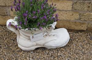 Figuren - Blumentopf-Schuh
