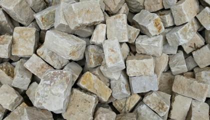 Mauersteine – Meskalith Gerichtet