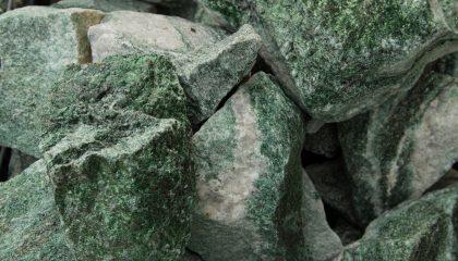Ziersteine – Artic grün 10-30 cm Bruchstein