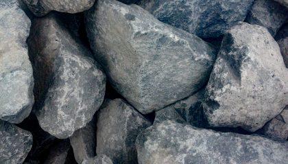 Gestaltungssteine – Basalt schwarz Kl. 3