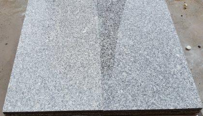 Natursteinplatte – Granit grau