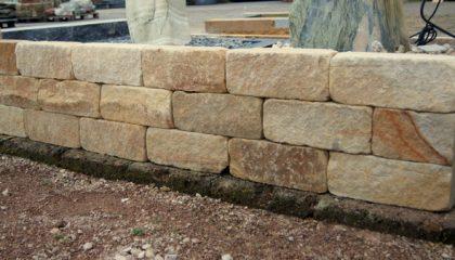 Mauerstein – Sandstein gelb getrommelt